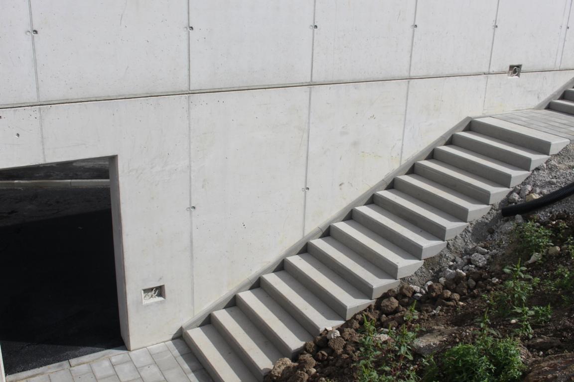 passo betonblockstufe | frühwald aussenanlagen gmbh